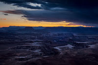 southwest, utah, ut, moab, canyonlands, national park, sunset, red rock, sandstone, mountains, west, islands in the sky, colorado plateau, green river overlook, green river