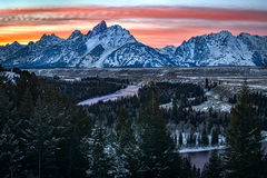 snake river, snake, river, mountains, landscape, tetons, grand tetons, sunset, clouds, storm, jackson, trees, national park, water, winter
