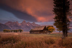 snake river, snake, river, mountains, landscape, tetons, grand tetons, sunset, clouds, storm, jackson, trees,  national park, barn, mormon row, moulton