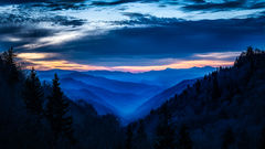 Great Smoky Mountains, smokies, smokys, Tennessee, tn, north carolina, nc, spring, mountains, fog, trees, sunrise, mornings, predawn