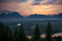 wyoming, grand teton national park, tetons, snake river, snake, river, mountains, trees, water, color, aspens, sunset, clouds, flora,