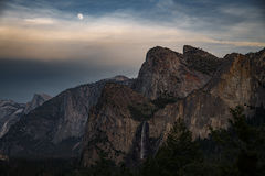 yosemite, national park, sierra, valley, trees, flora, mountains, leaves, ca, colors, merced river, merced, maples, tunnel view, el capitan, half dome, sentinel dome, moonrise, sunset, moon, winter