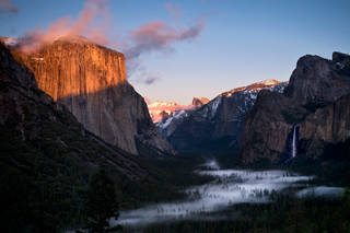 Tunnel View Spring Sunset