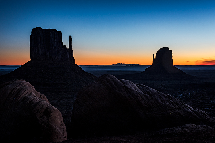 monument valley, arizona, az, utah, ut, mittens, monuments, southwest, indian country, navajo nation, sunrise, photo