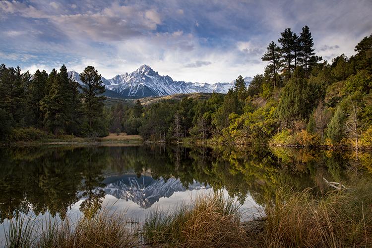 Rocky Mountains, San Juan mountains, rockies, san juans, fall, autumn, color, trees, aspen, pine, fir, colorado, co, sneffels, ridgway, clouds, sunrise, pond, reflection, water, photo