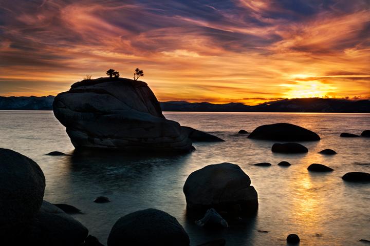eastern sierra, sierra, clouds, sunrise,  spring, ca, california, lake tahoe, north shore, boulders, rocks, bonsai rock, water, stars, photo