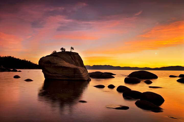 eastern sierra, sierra, clouds, sunset,  spring, ca, california, lake tahoe, north shore, boulders, rocks, bonsai rock, water, stars, moon, moonrise, mountains, photo