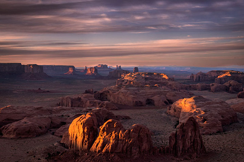 monument valley, southwest, AZ, UT, arizona, utah, indian land, mountains, desert, sunset, twilight, hunts, mesa, photo