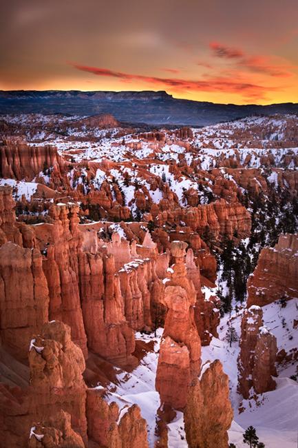 bryce national park, bryce hoodoos, sunset point, winter, southwest, sunrise, AZ, UT, arizona, utah, indian land, mountains, desert, photo