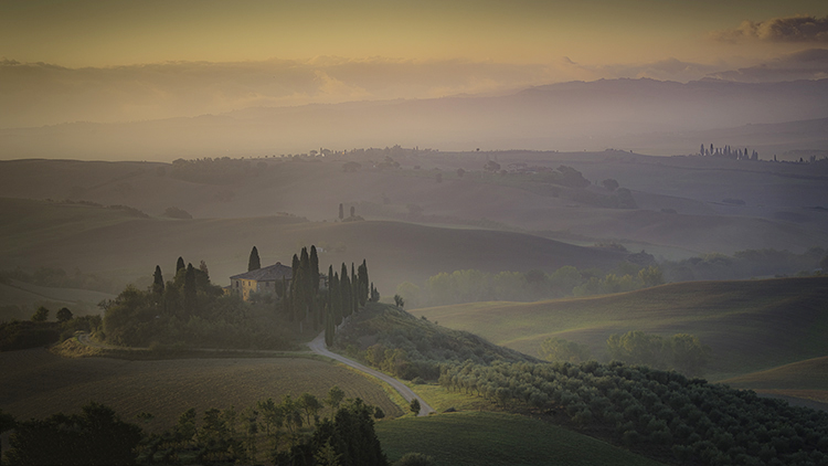 europe, italy, tuscany, pienza, siena, villa, wine, grapes, fields, sunset, clouds, valley, val d'orchia, sunrise, cypress, photo