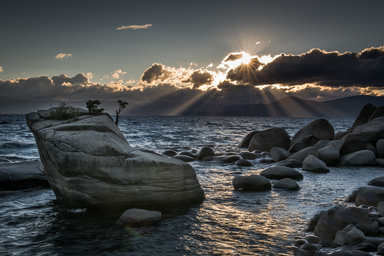 lake tahoe, bonsai rock, boulders, north shore, sunset, sunrise, mountains, sierra, water, moon, clouds, ca, california, photo