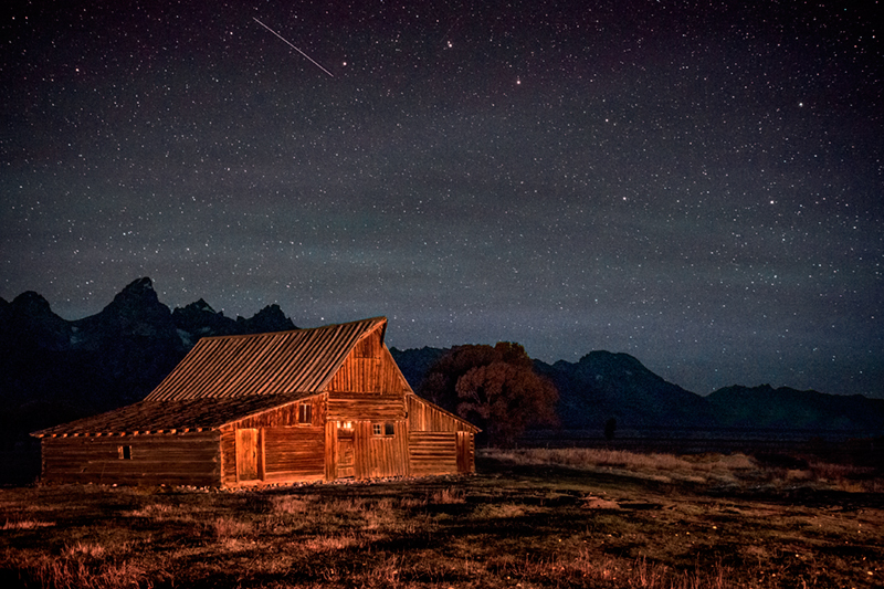 grand tendon national park, tetons, river, mountains, fall, color, fall colors, moulton, barn, stars, night, photo