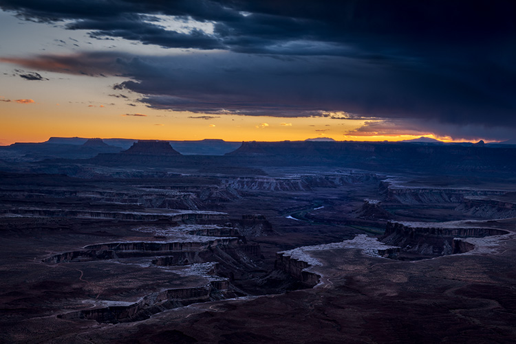 southwest, utah, ut, moab, canyonlands, national park, sunset, red rock, sandstone, mountains, west, islands in the sky, colorado plateau, green river overlook, green river, photo