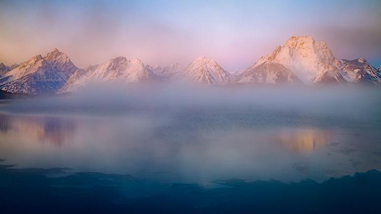 grand teton national park, tetons, snake river, snake, river, mountains, trees, water, color, aspens, clouds, fog, dawn, atmospherics, winter, jackson lake, jackson dam, photo
