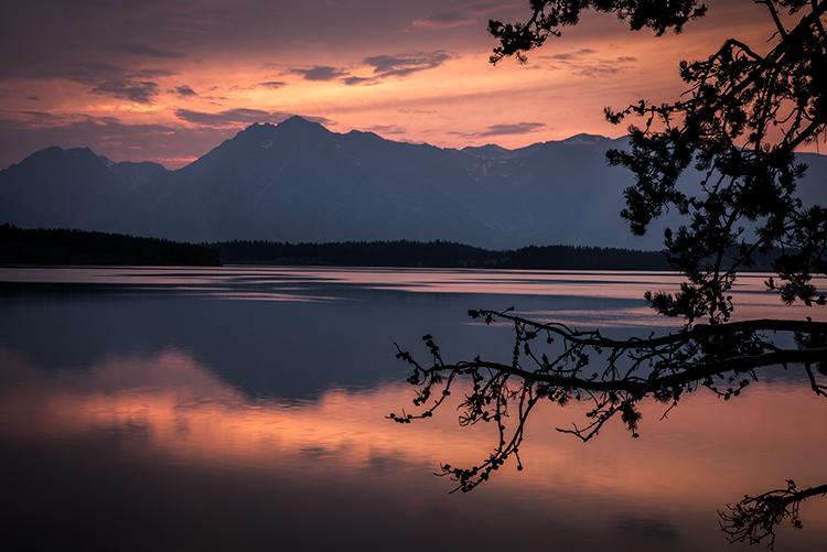 Jackson lake wyoming, wyoming, grand teton national park, tetons, snake river, snake, river, mountains, trees, water, color, aspens, sunset, moon, clouds, flora, photo