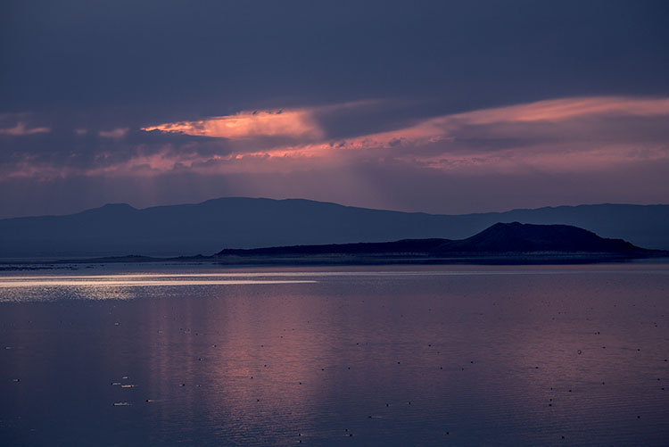 mono lake, negit island, sunrise, water, sierra, mountains, california, ca, eastern sierra, storm, clouds, photo