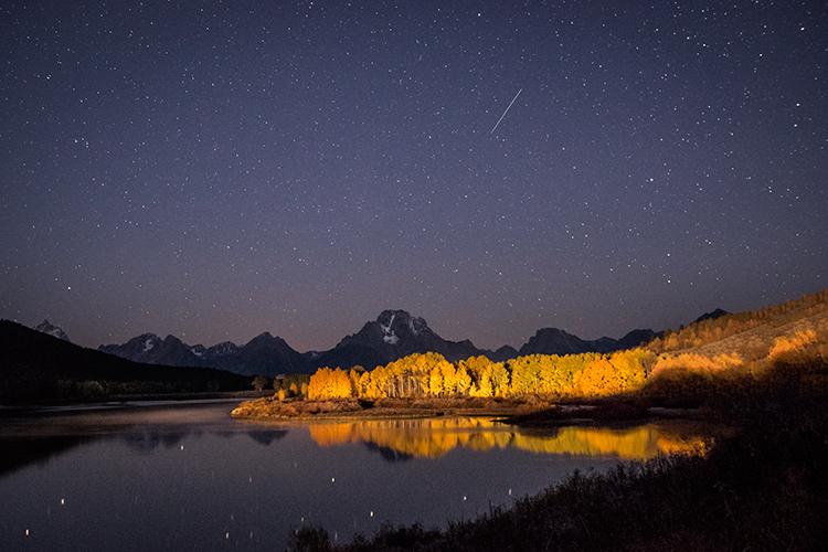 mountains, Wyoming, wy, Tetons, Grand Teton Park, landscape, Fall, trees, aspens, fall color, jackson, oxbow bend, sunrise, snake river, stars, reflections, photo