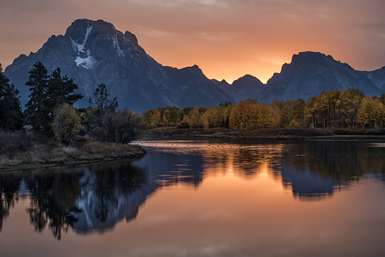 mountains, Wyoming, wy, Tetons, Grand Teton Park, landscape, Fall, trees, aspens, fall color, jackson, oxbow bend, sunset, snake river, stars, reflections, photo