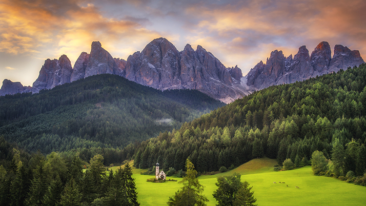 italy, europe, dolomites, dolomite, mountains, chapel, san giovanni, santa magdalena, val de funes, val de funis, sunrise, valleys, alps, alpine, fall, trees, flora, cows, village, clouds, atmospheric, photo