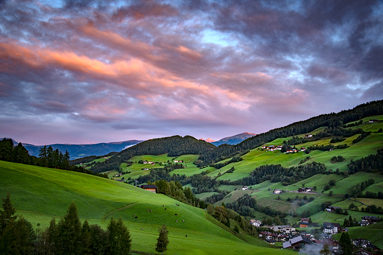 italy, europe, dolomites, dolomite, mountains, santa magdalena, val de funes, val de funis, sunrise, valleys, alps, alpine, fall, trees, flora, cows, village, clouds, photo